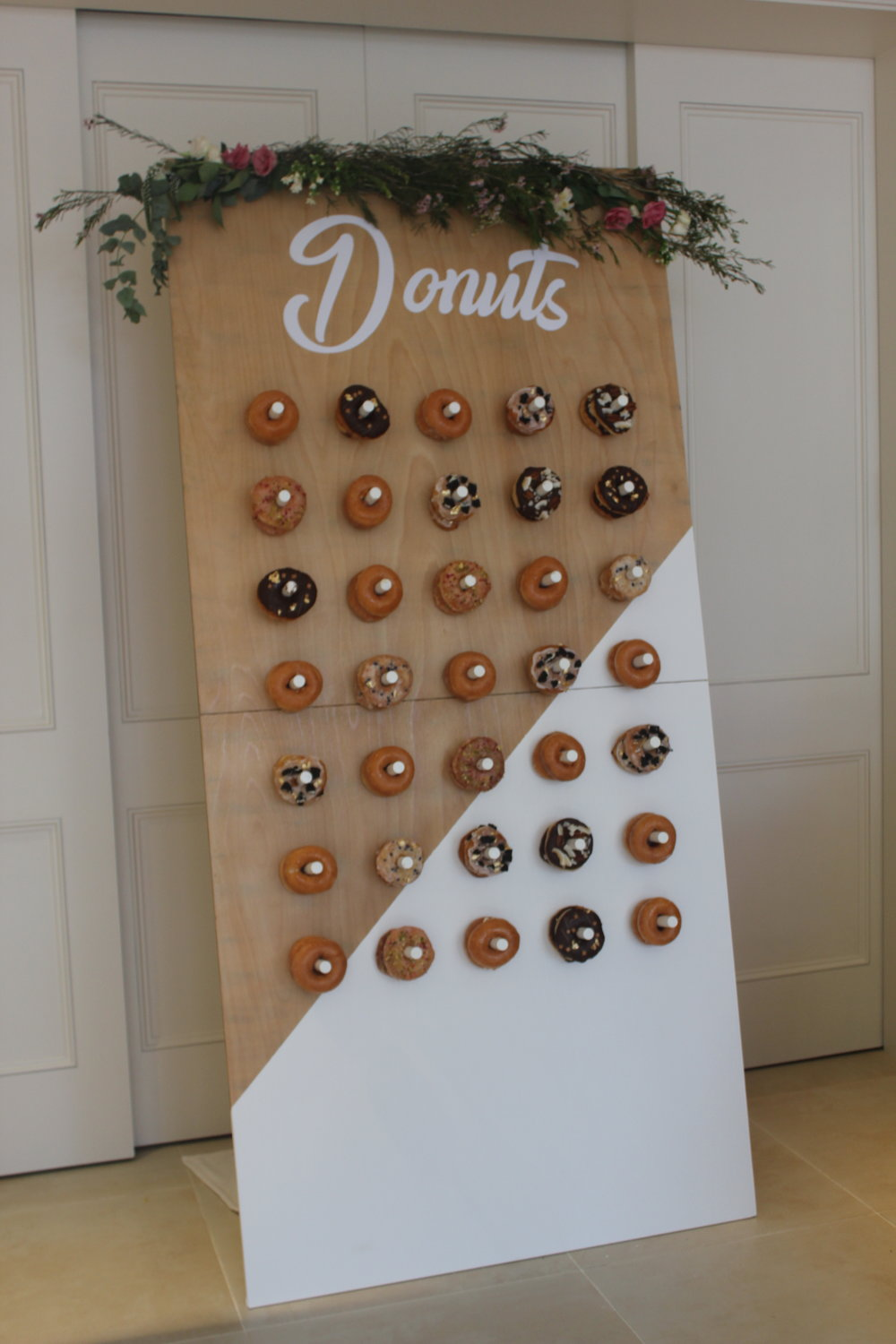 Stunning freestanding donut wall. Can hold up to 70 donuts. One available £155 hire