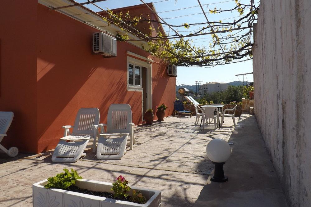 Mihalis House (3).JPG