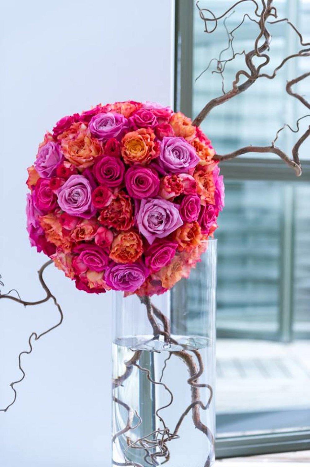 XL boule de roses et tortuosa 480euros.jpg