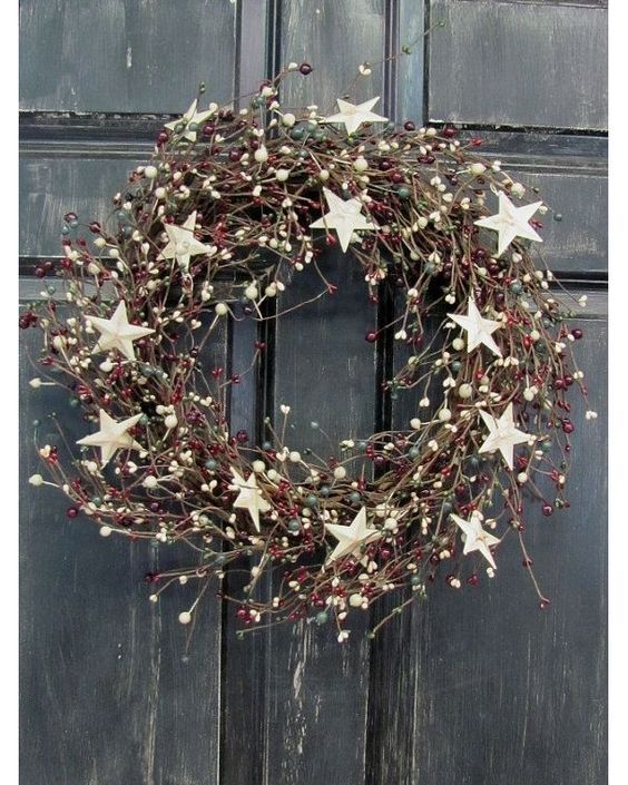 6174e6eec10f401928bba0d469e3d03c--xmas-wreaths-front-door-wreaths.jpg