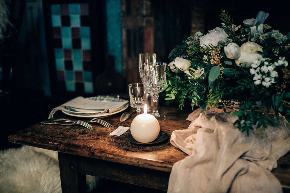 drissia-fleuriste-mariagepierreatelier-photographe-mariage-paris-chaletdesiles-047.jpg