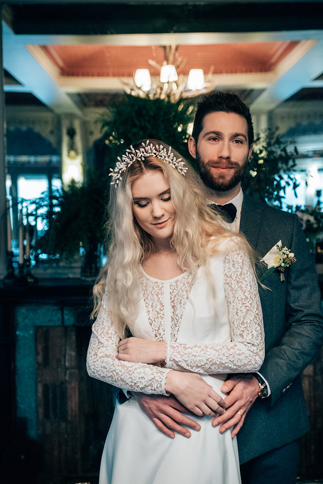 drissia-fleuriste-mariagepierreatelier-photographe-mariage-paris-chaletdesiles-067.jpg