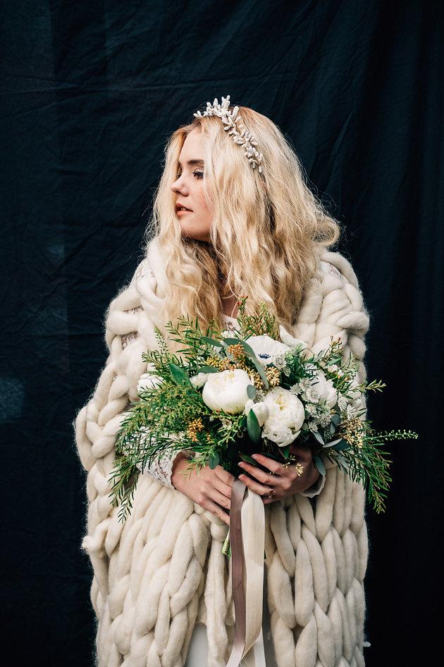 drissia-fleuriste-mariagepierreatelier-photographe-mariage-paris-chaletdesiles-102.jpg