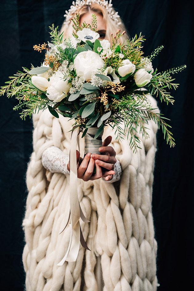 drissia-fleuriste-mariagepierreatelier-photographe-mariage-paris-chaletdesiles-111.jpg