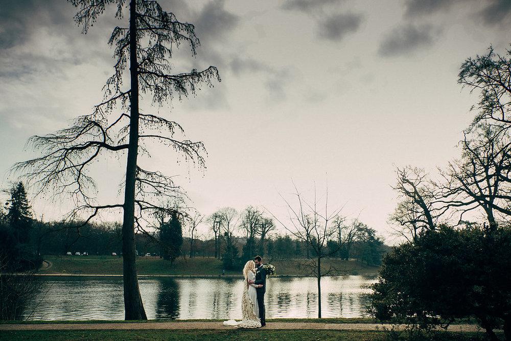 drissia-fleuriste-mariagepierreatelier-photographe-mariage-paris-chaletdesiles-126.jpg