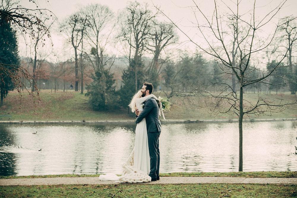 drissia-fleuriste-mariagepierreatelier-photographe-mariage-paris-chaletdesiles-127.jpg