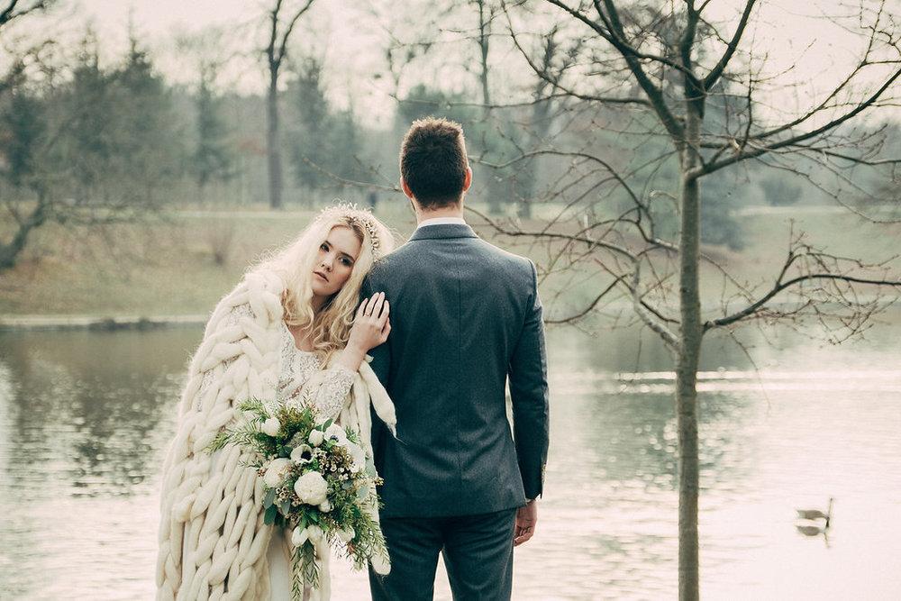 drissia-fleuriste-mariagepierreatelier-photographe-mariage-paris-chaletdesiles-131.jpg