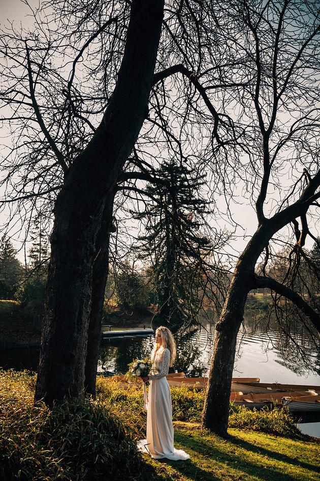 drissia-fleuriste-mariagepierreatelier-photographe-mariage-paris-chaletdesiles-199.jpg