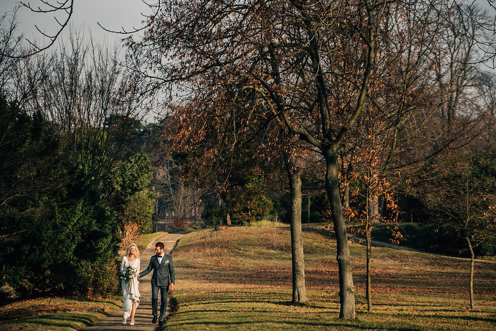 drissia-fleuriste-mariagepierreatelier-photographe-mariage-paris-chaletdesiles-202.jpg