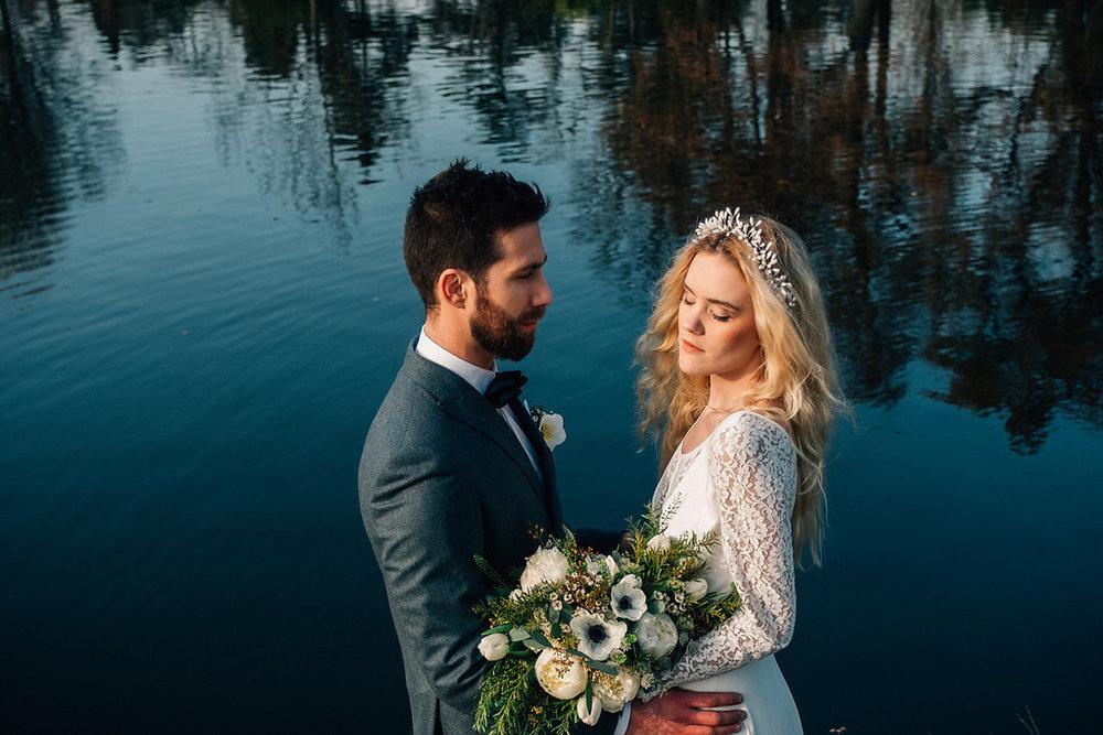 drissia-fleuriste-mariagepierreatelier-photographe-mariage-paris-chaletdesiles-220.jpg