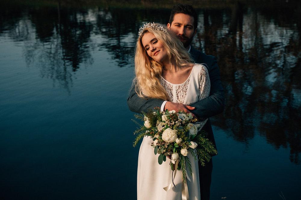drissia-fleuriste-mariagepierreatelier-photographe-mariage-paris-chaletdesiles-225.jpg