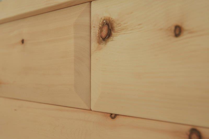 Holz ohne Metallverbindungen: Bei Stephan Steinherr ist alles Natur.