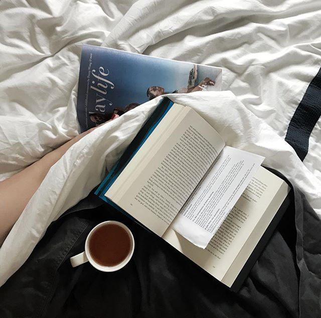 Sunday morning happy place 📖 I'm tearing through this book, First Person by Richard Flanagan! Tell me, what are you reading at the moment?