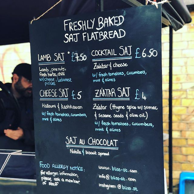 You can't beat the taste of freshly baked #flatbread. Especially when they're made with an extra dose of #TLC 🙌. Come find us again this SUNDAY at #backyardmarket on brick lane. The ☀️ weather looks promising so we look forward to seeing you all there!! ☀️ #shoreditch #bricklane #backyardmarket #popup #streetfood #london #food #soulfood #levant #bliss #beirut #middleeast #foodporn #foodie #sunny #weekend #bankholiday