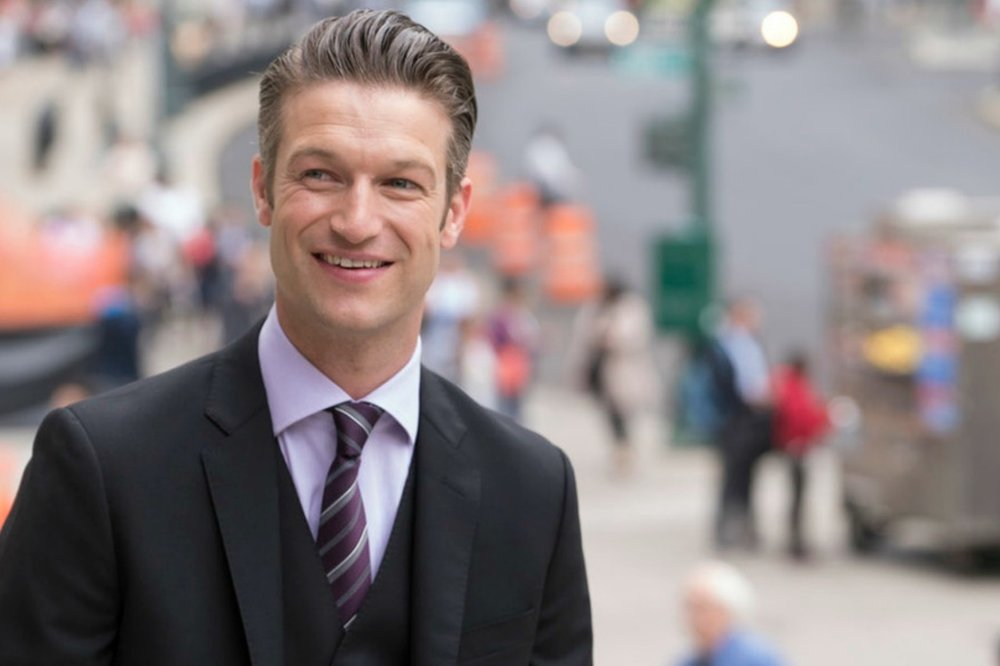Peter Scanavino as Dectective Dominick Carisi, Jr. (Law & Order: SVU)