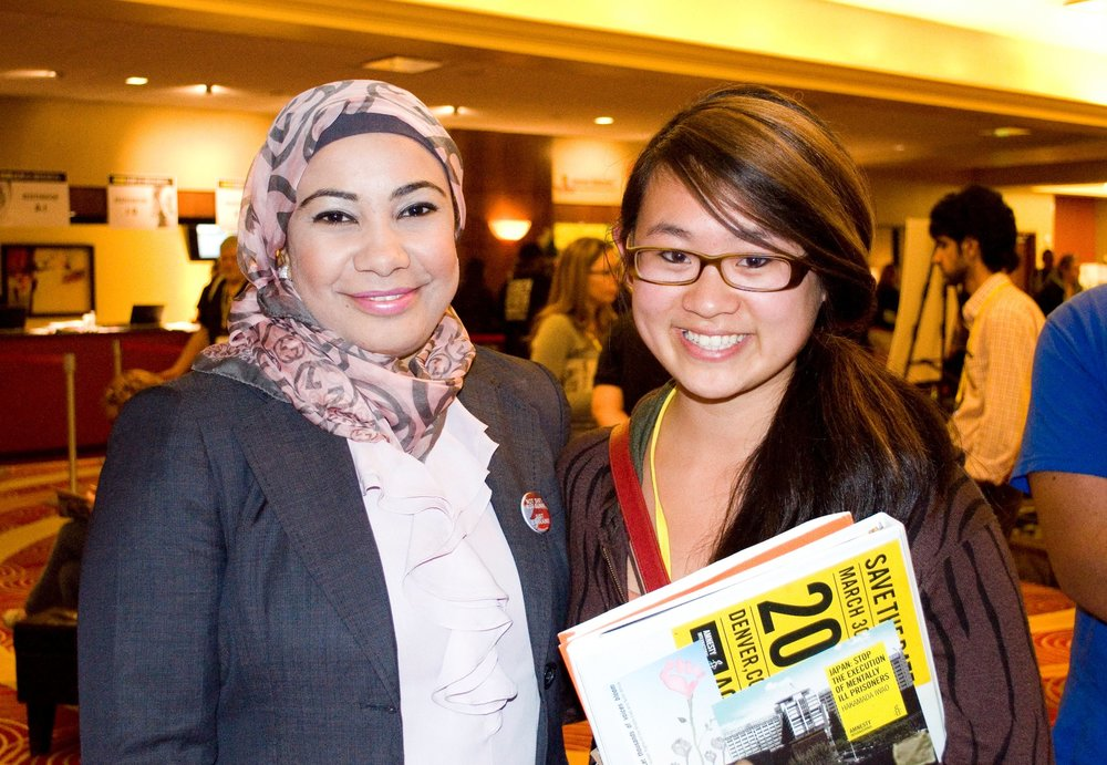 AGE 17: Meeting Nada Alwadi, Bahraini human rights journalist, 2012