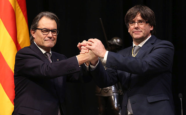 Ex-president of Catalonia Artur Mas (left) with current president Carles Puigdemont (right). In May this year, Mas was barred from holding public office for two years due to his involvement in organising the last referendum in November 2014.