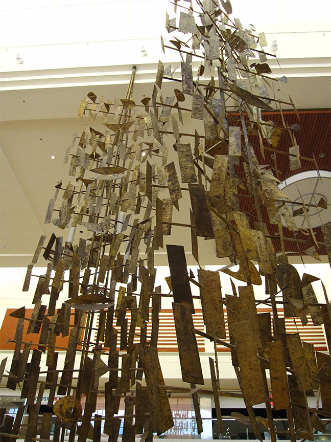 06_Harry_Bertoia_Southdale_RetroLoveAffair.jpg