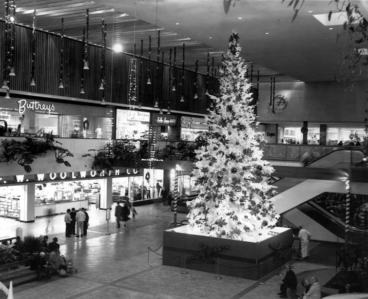 Southdale Center Christmas, Edina, MN 1950s.jpg