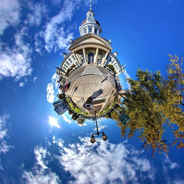 Come experience Kingston's Historical City Hall at Canada's first capital in 360º Virtual Reality! http://liberty360.ca/Kingston/CityHall/360.html - - - - - - - #360vr #tinyworld #littleplanet #360 #VR #VRmedia #VRmarketing #explorein360 #photo360 #kingston #queensu #360photography #immersive #liberty360 #samsungvr #googlecardboard #digitalmedia #360 #virtualreality #canon #immersive #Kingston #Ontario #history #queensu #kingstonontario