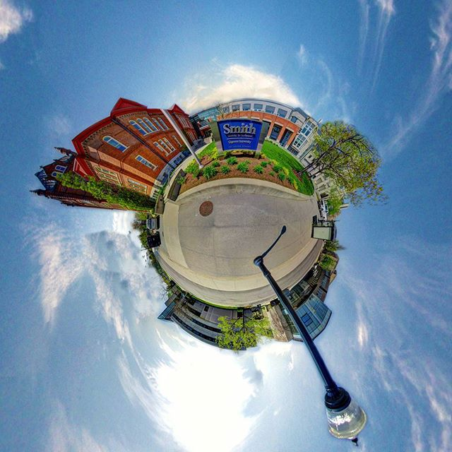 Here's a little look into the world of the Smith School of Business at Queen's U. Our full 360° VR Walkthrough is coming soon 📷  #360vr #tinyworld #littleplanet #360 #VR #VRmedia #VRmarketing #explorein360 #photo360 #kingston #queensu #360photography #immersive  #liberty360 #samsungvr #googlecardboard #digitalmedia