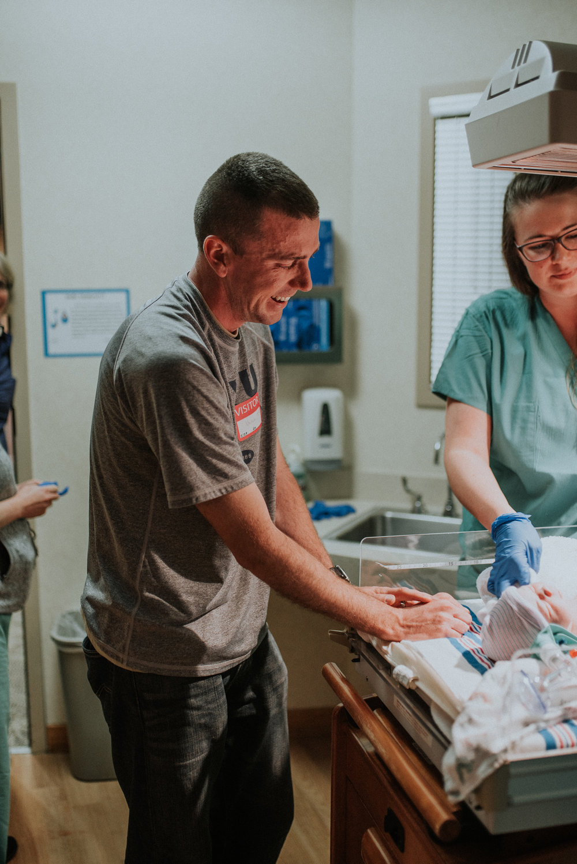 Boyers - Natural - University - Hospital - Denver - Colorado -  Birth - PHotographer (19 of 36).jpg