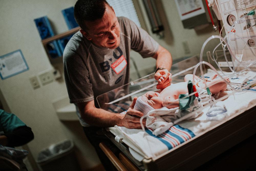 Boyers - Natural - University - Hospital - Denver - Colorado -  Birth - PHotographer (22 of 36).jpg