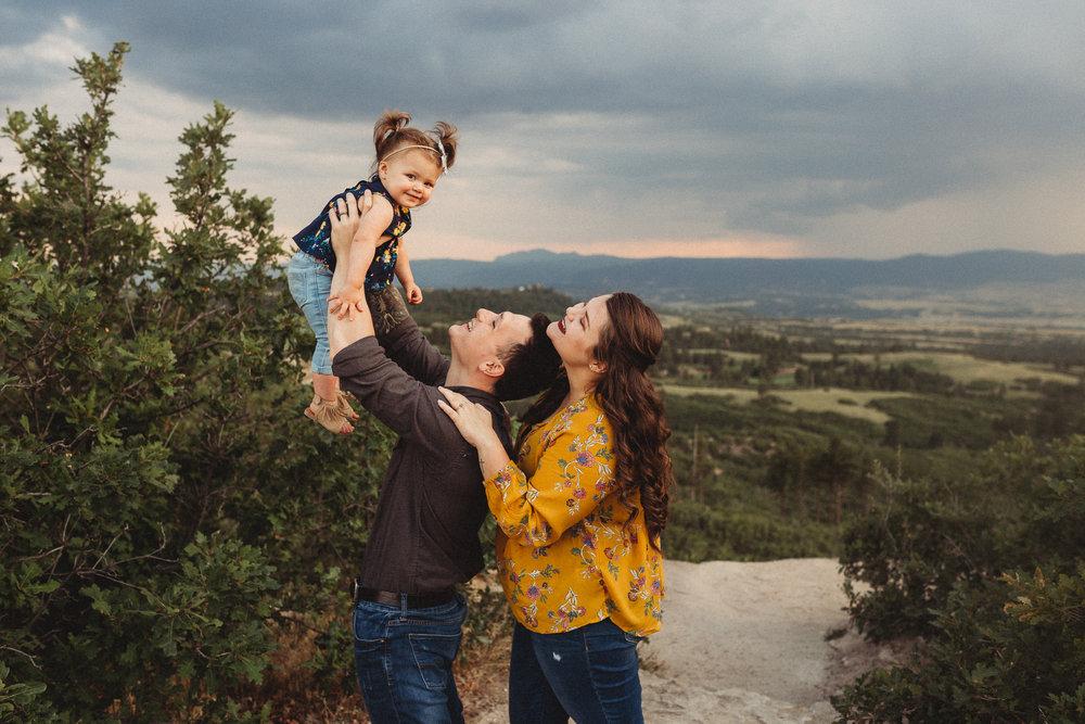 Pregnancy-Announcement-Daniels-Park-Lonetree-Denver-Family-Photographer (8 of 25).jpg
