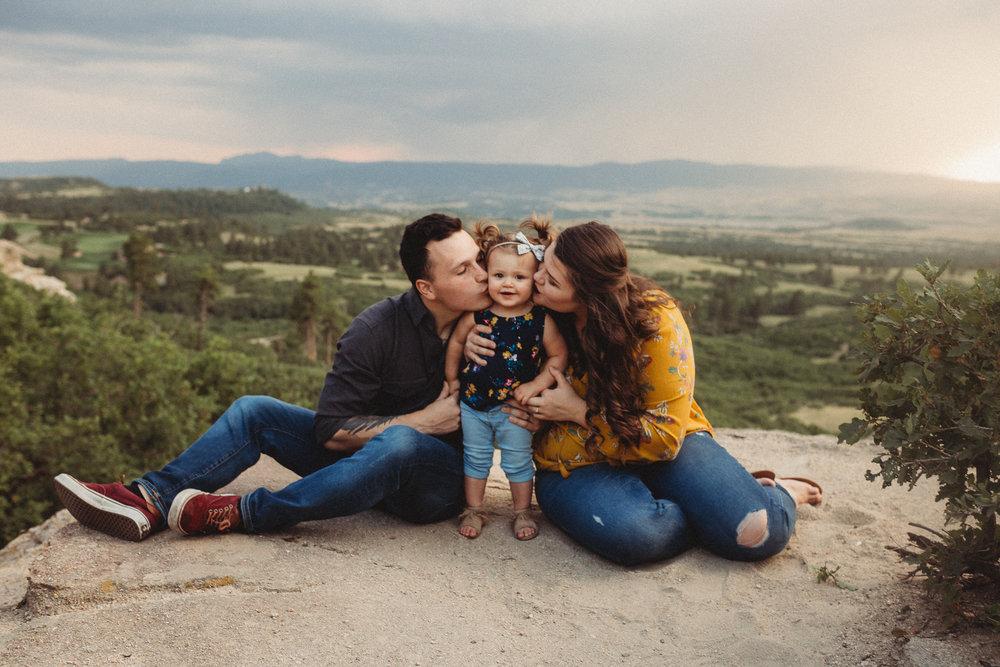 Pregnancy-Announcement-Daniels-Park-Lonetree-Denver-Family-Photographer (10 of 25).jpg