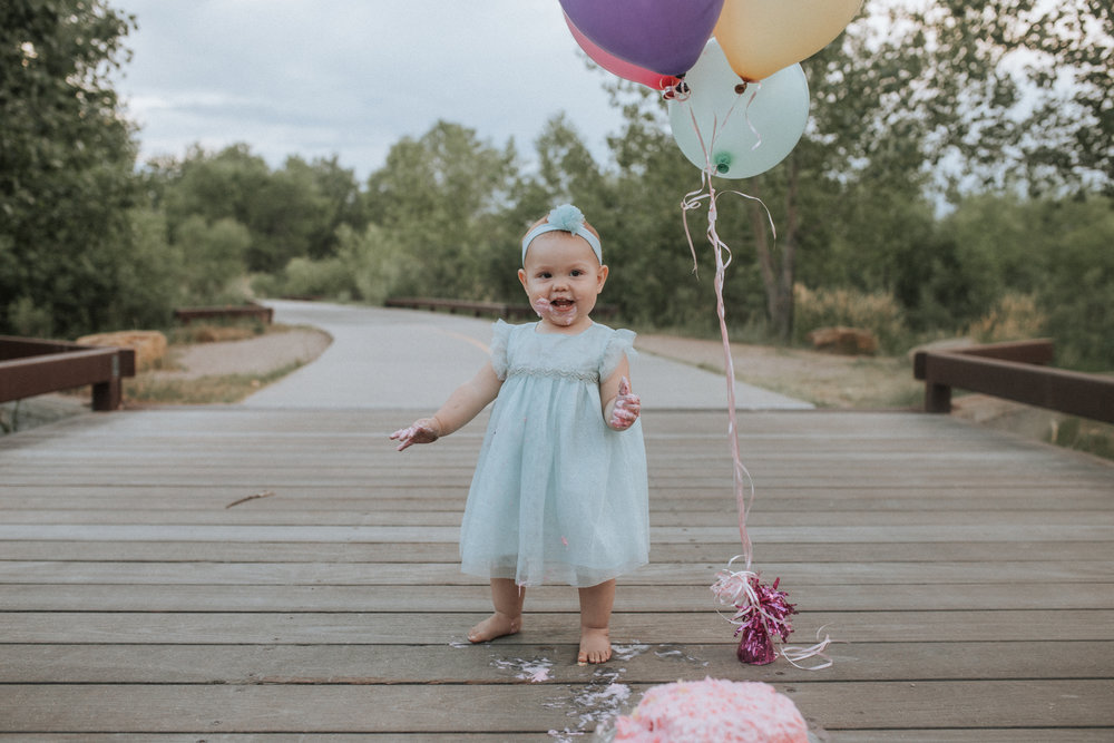 Cake - Smash - Turned - Cake - Fight - 17 - Mile - Farmhouse - Denver - Family - Photographer (10 of 42).jpg
