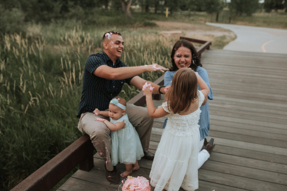 Cake - Smash - Turned - Cake - Fight - 17 - Mile - Farmhouse - Denver - Family - Photographer (16 of 42).jpg