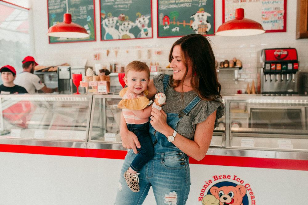 Bonnie - Brae - Ice - Cream - Denver - Colorado - Family - Motherhood - Photographer (16 of 28).jpg