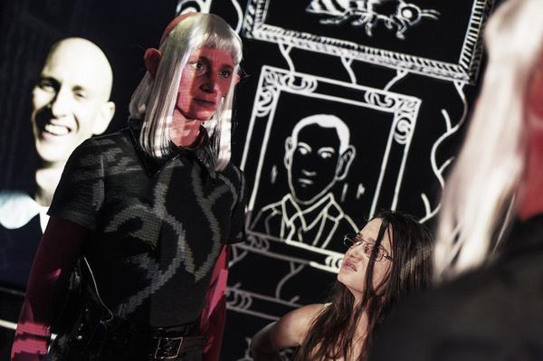 DAS ERBE dir. Ersan Mondtag, stage. Rainer Casper, costume. Teresa Vergho, light. Rainer Casper