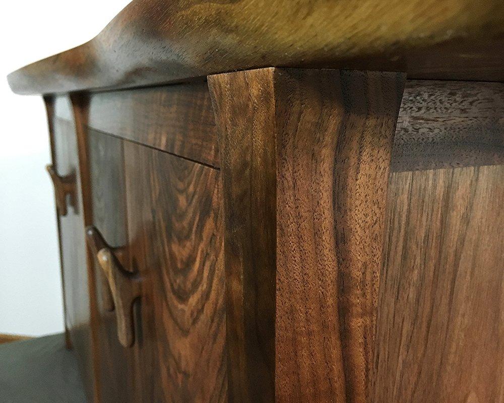 walnut-sideboard-cabinet_25461250615_o.jpg