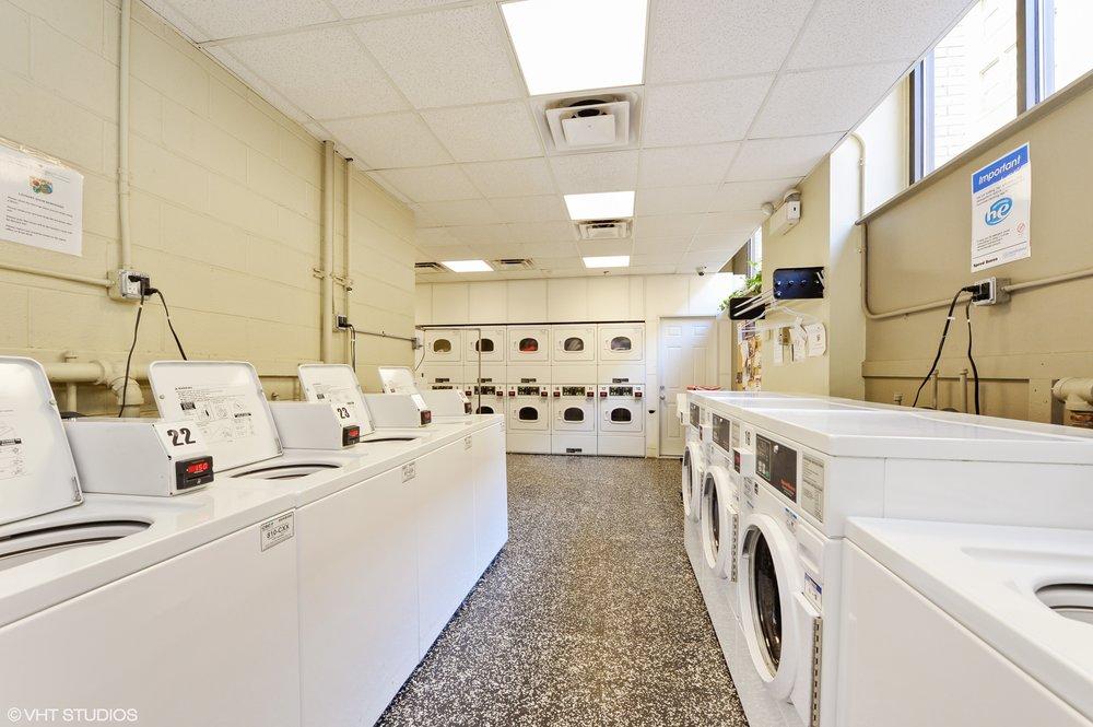 11_600SDearbornSt_Unit1307_44_LaundryRoom_HiRes.jpg