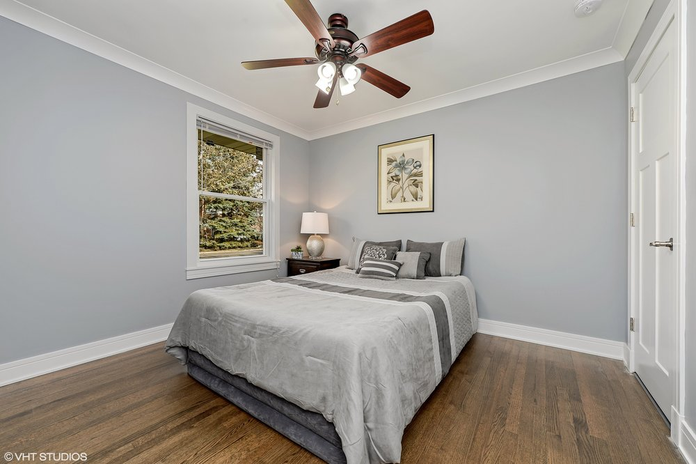 12_8156KennethAve_154_3rdBedroom_HiRes.jpg