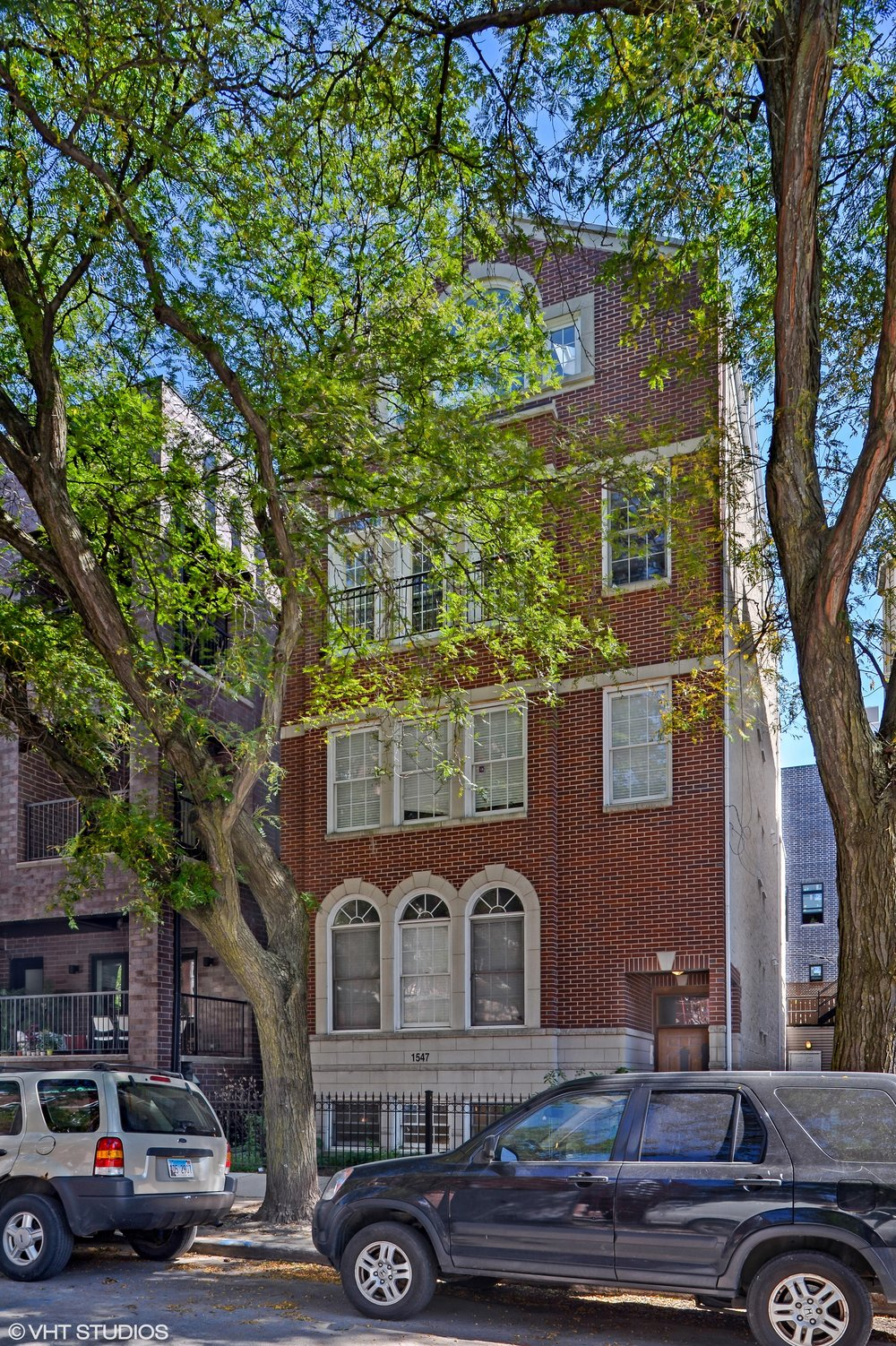01_1547NorthNorthParkAve_G_57_FrontView_HiRes.jpg
