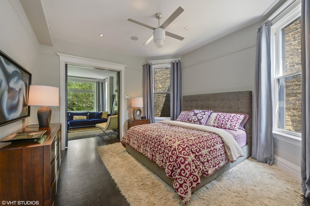 15_901WestNewportAve_14_MasterBedroom_HiRes.jpg