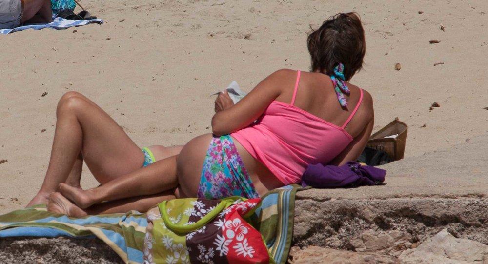 Felix-Eckardt_Mallorca_beachpeople.jpg