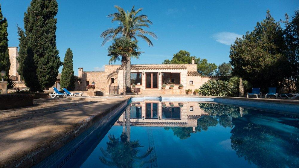 Felix-Eckardt_Mallorca_pool1.jpg