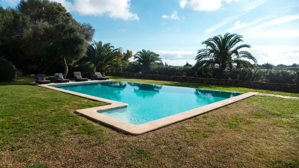 Felix-Eckardt_Mallorca_pool2.jpg