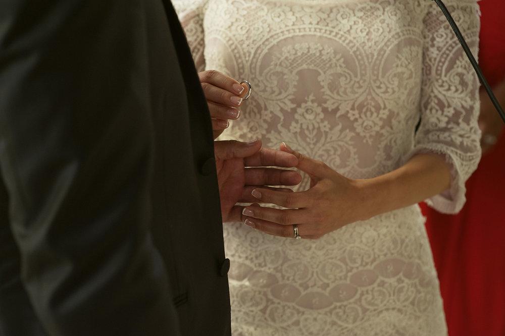 006-ring-wedding.jpg
