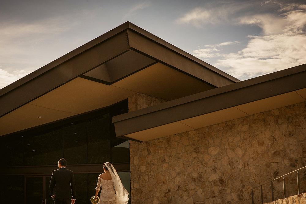 015-bride-groom-museo-del-vino-wedding-rutadelvino.jpg