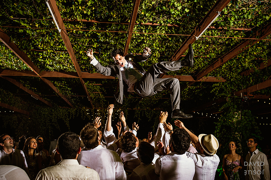 031_mexican_wineyard_wedding_davidjosue_DIY.jpg