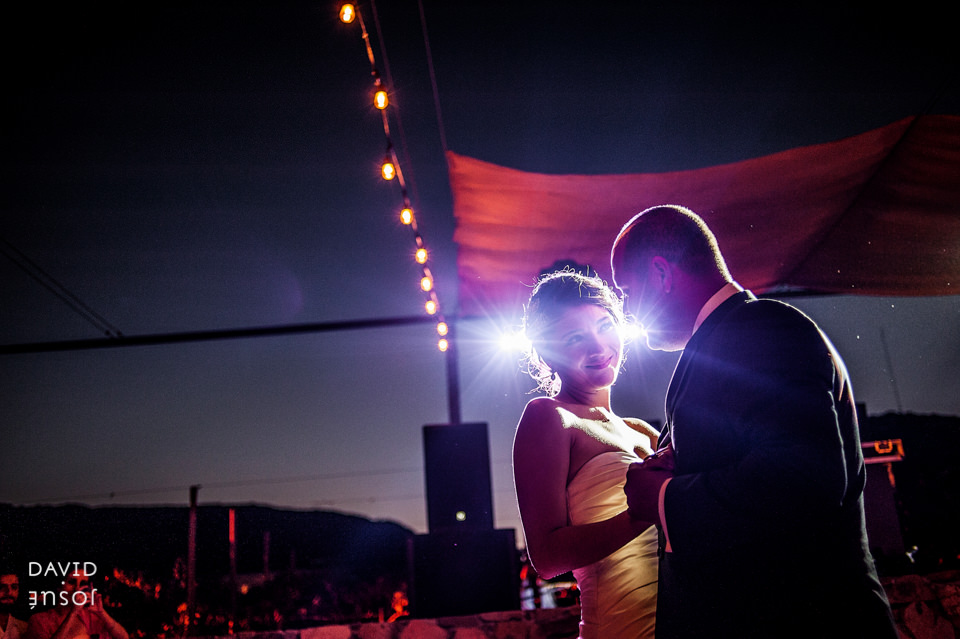 28-primer-baile-novios-boda-cuatro-cuatros-rutadelvino.jpg