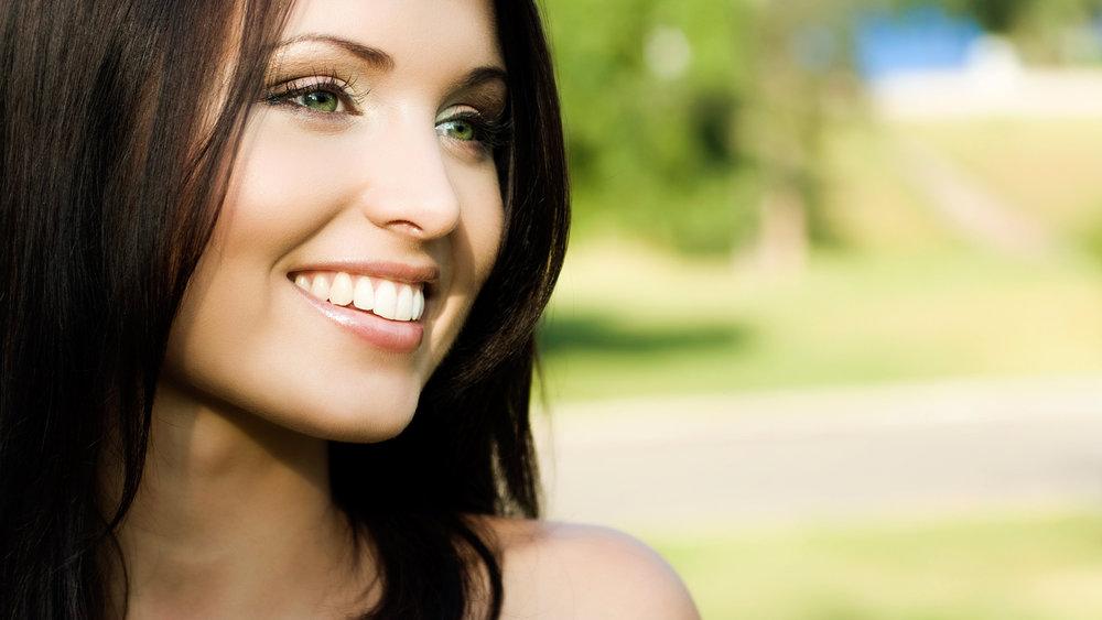 woman-pretty-smile.jpg