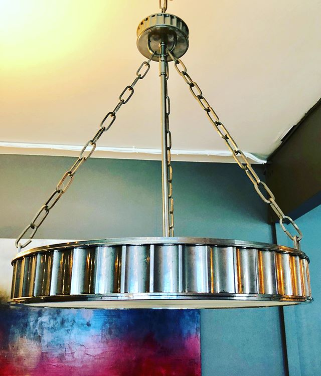 As seen on designers magazine, the Hudson Valley, Middlebury Pendant is now available at The Enhanced Home Shop.  Originally $1520 now selling for $575. #interiordesign #lavishinteriors #consignment #boldbellevue #theenhancedhome #lighting #pendantlights #hudsonvalley #spacedesignedbymarymcdonald #milliondollardecorators
