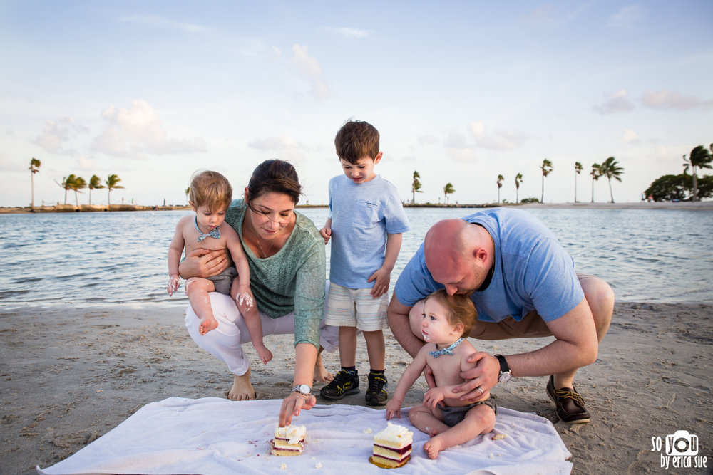matheson-hammock-family-photography-so-you-by-erica-sue-cake-smash-9720.jpg
