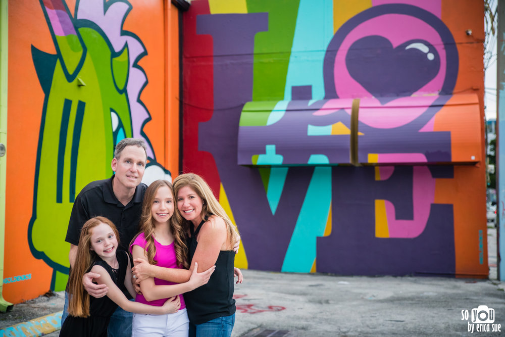 so-you-by-erica-sue-wynwood-mitzvah-pre-photo-shoot-lifestyle-family-photography-miami-5891.jpg