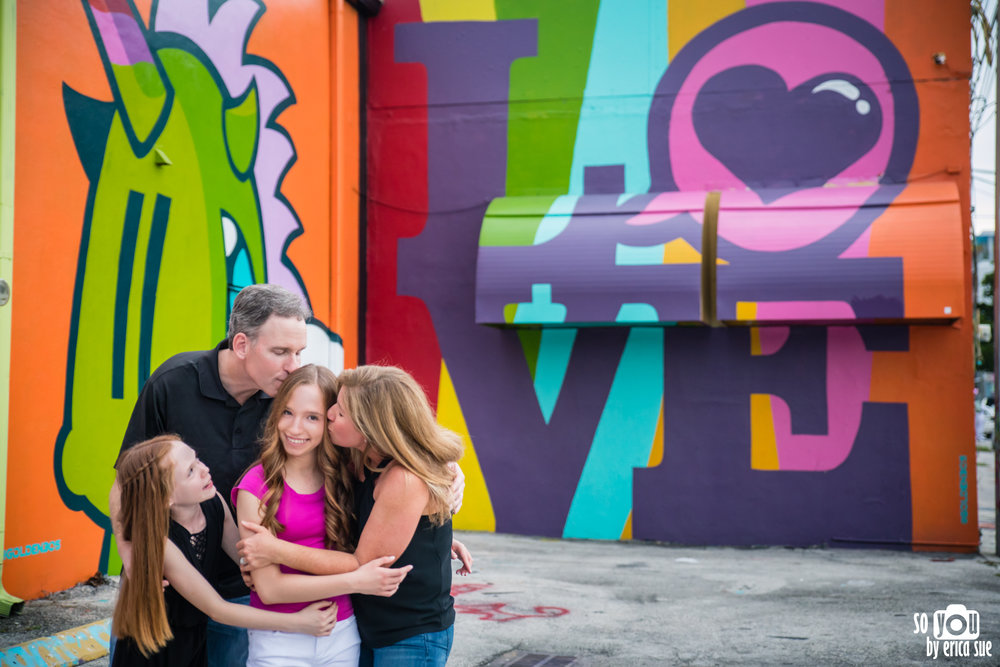 so-you-by-erica-sue-wynwood-mitzvah-pre-photo-shoot-lifestyle-family-photography-miami-5899.jpg
